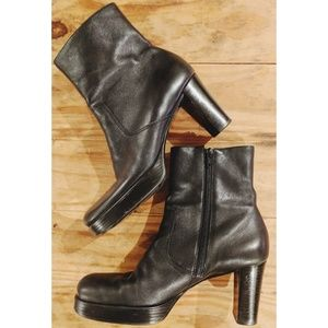"Gianni Bini Boots 9M Leather Platform Ankle 3""Heel"